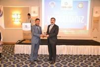 HIZMET İŞ SENDIKASı - Başkan Asya'ya Bir Ödül Daha