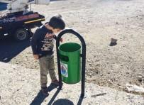 SOSYAL MEDYA - Hayatında İlk Defa Çöp Kutusu Gören Çocuğun Şaşkınlığı