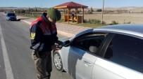 ASKI - Jandarma Ekipleri Broşür Dağıtarak Sürücüleri Bilgilendirdi