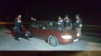 DAVUTLAR - Kuşadası'nda Huzur Operasyonunda Çeşitli Suçlardan Aranan 6 Kişi Gözaltına Alındı