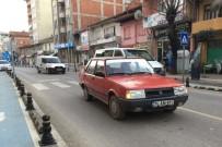 KOZCAĞıZ - Bartın'da Karşıdan Karşıya Geçmek İsteyen 9 Yaşındaki Kıza Otomobil Çarptı