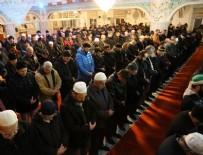 EYÜP SULTAN - Mevlit Kandili'nde camiler doldu taştı