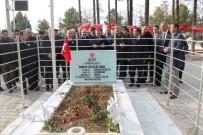 ERTAN PEYNIRCIOĞLU - Bakan Eroğlu'ndan Ömer Halisdemir'in Kabrine Ziyaret