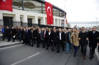 MEHMET BÜLENT KARATAŞ - Beşikteş'ta MHP'li Gruptan Teröre Lanet Yürüyüşü