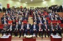 İLYAS ÇAPOĞLU - Erzincan Da Edebiyat Ve Toplumsal Değişme Söyleşisi Yapıldı