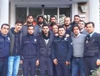 SERDAR ORTAÇ - Sanatçılar polisleri ziyaret etti