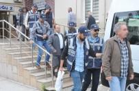 ÖMÜR BOYU HAPİS - Bursa'da FETÖ'den Tutuklu 30 Sanık Hakim Karşısına Çıktı