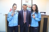 KAĞıTSPOR - Şampiyon Haltercilerden Yeşildal'a Ziyaret