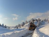 AFET KOORDINASYON MERKEZI - Büyükşehir Belediyesi Ekipleri, Kar Yağışına Karşı Hazırlıklarını Tamamladı