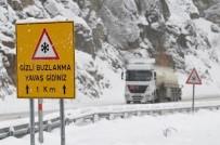 ZIGANA - Kar Ve Buzlu Yollar Zigana Dağı Ve Geçidi'nde Sürücülere Zor Anlar Yaşatıyor
