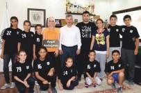 HÜSEYIN YARALı - Saruhanlı Belediyespor Antrenörüne Milli Takım Daveti
