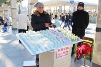 SİGARA DUMANI - Satıcının Yüzüne Duman Üfleyip, Milli Piyango Biletlerini Çaldı