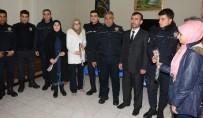 HATIPLI - Aksaray'da İmam Hatipli Öğrencilerden Polislere Destek Ziyareti