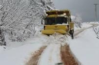 Bartın'da Kapanan 41 Köy Yolundan 39'U Açıldı