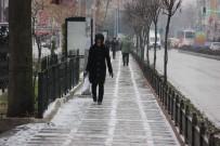 KAPIKULE SINIR KAPISI - Edirne'de Kar Yağışı Başladı