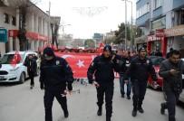 SERKAN YILDIRIM - Önde Polis, Arkasında Halk Şehitler İçin Yürüdü