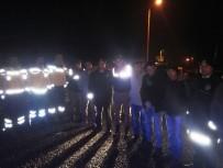 Polis Ve Askerlere Sıcak Çorba İkram Ettiler