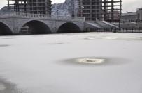 AKARÇAY - Afyonkarahisar'da Soğuk Hava Etkisini Sürdürüyor