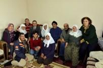 AHMET ATAÇ - Başkan Ataç 93 Yaşındaki Feride Teyzeyi Ziyaret Etti