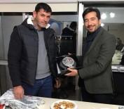 CENK ÜNLÜ - Didim AK Parti, 75 Gençlik'i Ağırladı