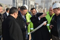 ÜÇPıNAR - Gökçek, Eryaman Stadı İnşaatını Denetledi