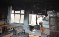 ÇARıKLAR - Okulda Yangın Paniği