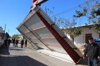 ATAYURT - Silifke Belediyesi'nden Fırtına Mağdurlarına Yardım