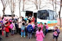 Aksaray Belediyesi Mobil Çorba Aracı İle Ücretsiz Çorba Dağıtıyor