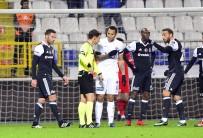 GÖKHAN GÖNÜL - Beşiktaş İlk Mağlubiyetini Aldı