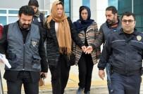ALI ERDOĞAN - Ev Sahibi Kadının Ağzını Kapatarak Odaya Kilitlediği İddia Edilen 2 Hırsızlık Zanlısı Kadın, Polise Yakalandı