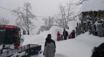 Kar Sebebiyle Mahsur Kalan Hastalara Kurtarma Operasyonu