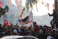 ABDULLAH ÖCALAN - Öcalan, Demirtaş Ve Üstündağ'ın Pankartını Ateşe Verdiler