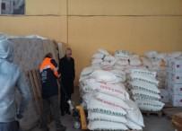 MAKİNE FABRİKASI - Şeker Ve Makine Fabrika Çalışanlarından Mültecilere 3 Ton Un Yardımı