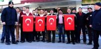 Aksaray Belediyesi Esnafa Bayrak Dağıtıyor