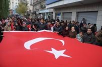 Cizre'de 'Teröre Karşı Tek Ses, Tek Yüreğiz' Yürüyüşü