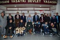 Engellilere 10 Akülü 25 Tekerlekli Sandalye Dağıtıldı