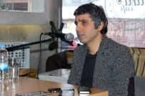 ÜNİVERSİTE SINAVLARI - Gümüşhane Vali Yardımcısı Ve Yazar Şenol Turan'a İmza Günü Düzenlendi