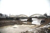 SAKARYA NEHRI - Sakarya Nehri Asıl Yatağına Kavuşuyor