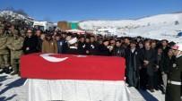 RECEP AKDAĞ - Bakan Akdağ, Şehidin Cenaze Törenine Katıldı
