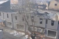 MOBİLYA MAĞAZASI - İnegöl'deki Yangına 3 Dakikada Müdahale Edildi