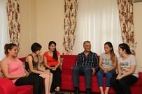 ÖĞRENCI EVI - Mezitli Belediyesi, 688 Üniversite Öğrencisine Para Yardımı Yaptı