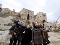 TURİZM BAKANLIĞI - Şam'dan Halep'e gelen turistler yıkıntılar arasında poz verdi