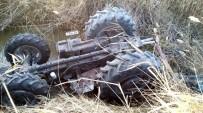 HÜSEYIN DÜNDAR - Sökeli Çiftçi Traktör Kazasını Ucuz Atlattı