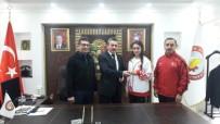 KARATE - Türkiye İkincisine Çeyrek Altın