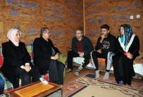 Vali Tapsız'dan Mülteci Ailelere Ziyaret