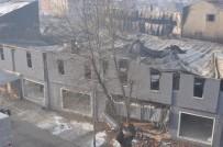 MOBİLYA MAĞAZASI - Yangına 3 Dakika Sonra Müdahale Edildi