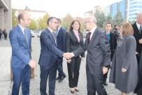 PETROL FİYATLARI - Başbakan Yardımcısı Şimşek Açıklaması 'Başkanlık Sistemi Türkiye'nin İki Temel Sorununu Çözecek'