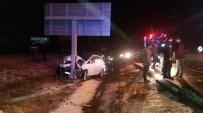İZZET BAYSAL DEVLET HASTANESI - Bolu'da Trafik Kazası Açıklaması 3 Yaralı