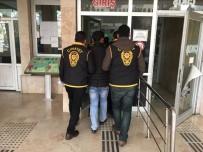 YAKıNCA - Cezaevi Önündeki Saldırı Olayında 2 Şüpheli Yakalandı