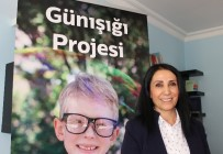 DERNEK BAŞKANI - Çocukların Hayatına Işık Olan Günışığı Projesi
